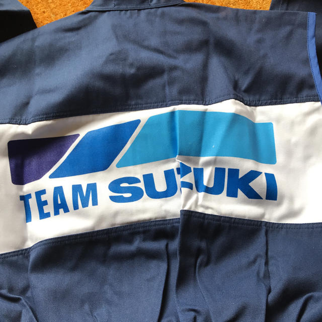 スズキ(スズキ)のTEAM SUZUKI  ツナギ 自動車/バイクの自動車/バイク その他(その他)の商品写真
