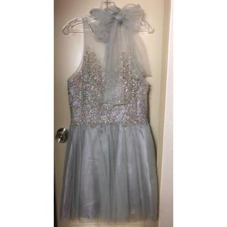 スパンコール パーティドレス シルバー 上品 ドレス ワンピース 結婚式 二次会(ミディアムドレス)