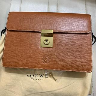 ロエベ(LOEWE)のLOEWE セカンドバッグ 新品  お値下げ(セカンドバッグ/クラッチバッグ)