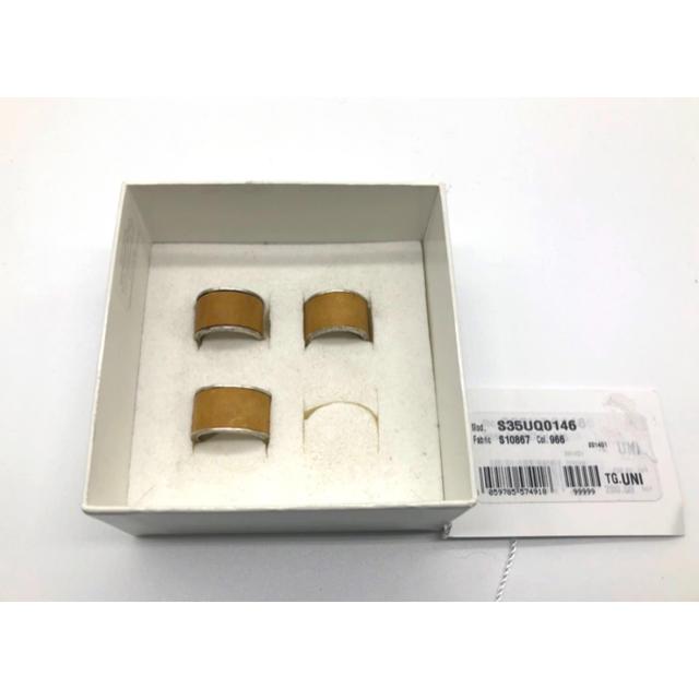 Maison Martin Margiela(マルタンマルジェラ)のレア マルタンマルジェラ レザー4連リング 指輪 シルバー ベージュ メンズのアクセサリー(リング(指輪))の商品写真