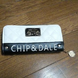 ディズニー(Disney)の長財布 チップとディール 合皮キルト刺繍プレート付きウォレット(長財布)