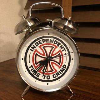 インディペンデント(INDEPENDENT)のINDEPENDENT TIME TO GRIND 目覚まし時計(スケートボード)