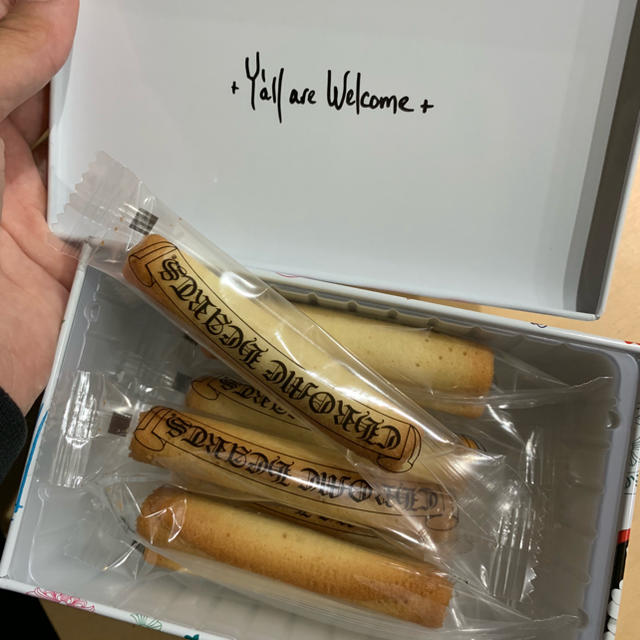 Chrome Hearts(クロムハーツ)のクロムハーツ東京20周年記念限定 ノベルティ クッキー ショッパー付き 食品/飲料/酒の食品(菓子/デザート)の商品写真