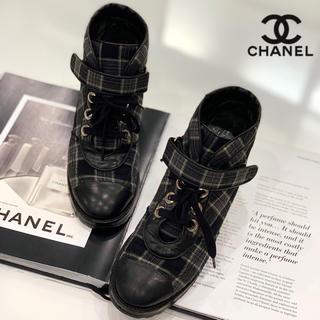 シャネル(CHANEL)の1174 CHANEL チェック レースアップ ショートブーツ(ブーツ)