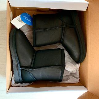 アグ(UGG)の【新品】キッズ 防水 ムートンブーツ 16cm(ブーツ)