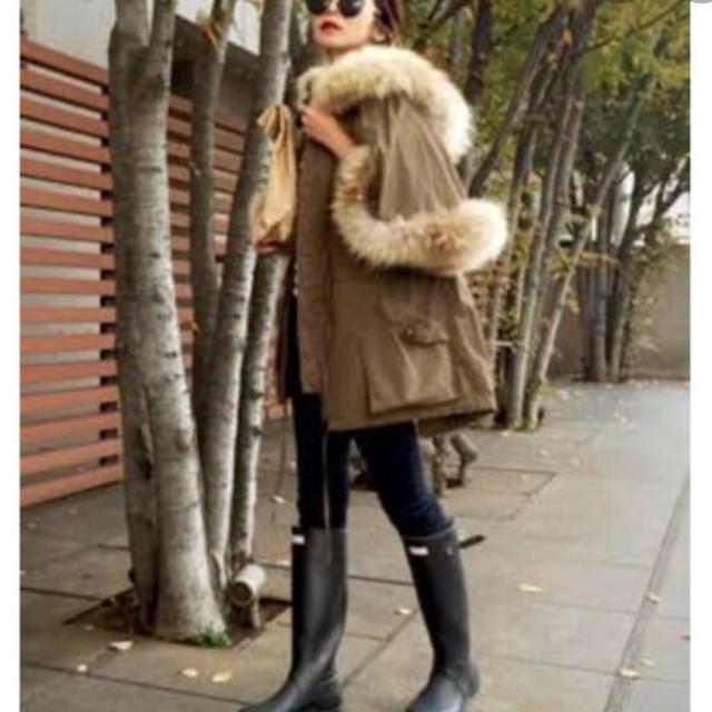 LE CIEL BLEU(ルシェルブルー)のルシェルブルー リアルファー フレア モッズコート レディースのジャケット/アウター(モッズコート)の商品写真