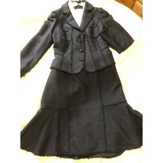 トゥービーシック(TO BE CHIC)のTO BE CHIC ツイードスーツ ブラウス 3点セット 紺 トゥビーシック(スーツ)