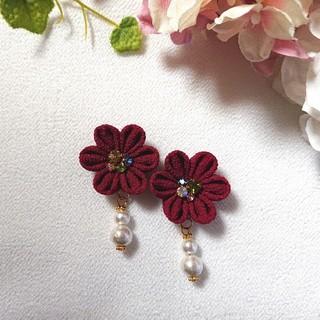 花とコットンパールの願い事*イヤリングorピアス(ピアス)