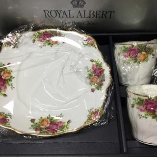 ロイヤルアルバート(ROYAL ALBERT)のロイヤルアルバート  ペアカップ&プレート (食器)