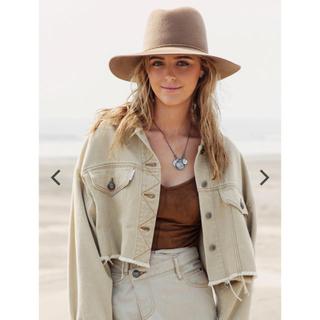 アリシアスタン(ALEXIA STAM)のCropped Color Denim Jacket Beige(Gジャン/デニムジャケット)