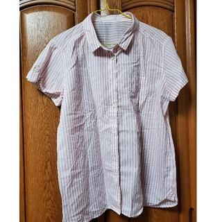 ジーユー(GU)のボタン付きシャツ Yシャツ ブラウス(シャツ/ブラウス(半袖/袖なし))