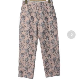 ユナイテッドアローズ(UNITED ARROWS)のユナイテッドアローズ パンツ ボタニカル柄 ピンク(クロップドパンツ)