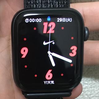 アップルウォッチ(Apple Watch)のApple Watch series4+NIKE/44mm/GPSモデル(スマートフォン本体)