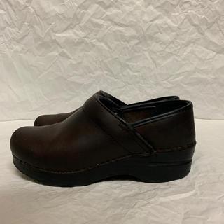 ダンスコ(dansko)のdansko ダンスコ プロフェッショナル 37(ローファー/革靴)