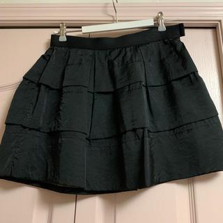 ローズバッド(ROSE BUD)のROSE BUD ローズバッド サテンティアードミニスカート(ミニスカート)
