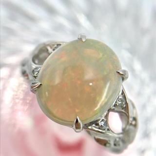 ☆Pt900 ホワイトオパール 2.40 ダイヤ デザイン リング 11.5号(リング(指輪))