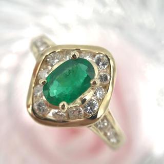 ☆K18 エメラルド 0.46 ダイヤ 0.41 取り巻き リング 10.5号(リング(指輪))