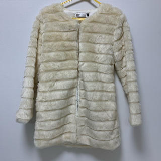 ディーホリック(dholic)のコート 毛皮 ファーコート 韓国(毛皮/ファーコート)