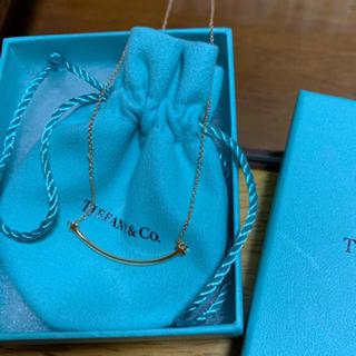 ティファニー(Tiffany & Co.)のTスマイルミニ ローズゴールド(ネックレス)