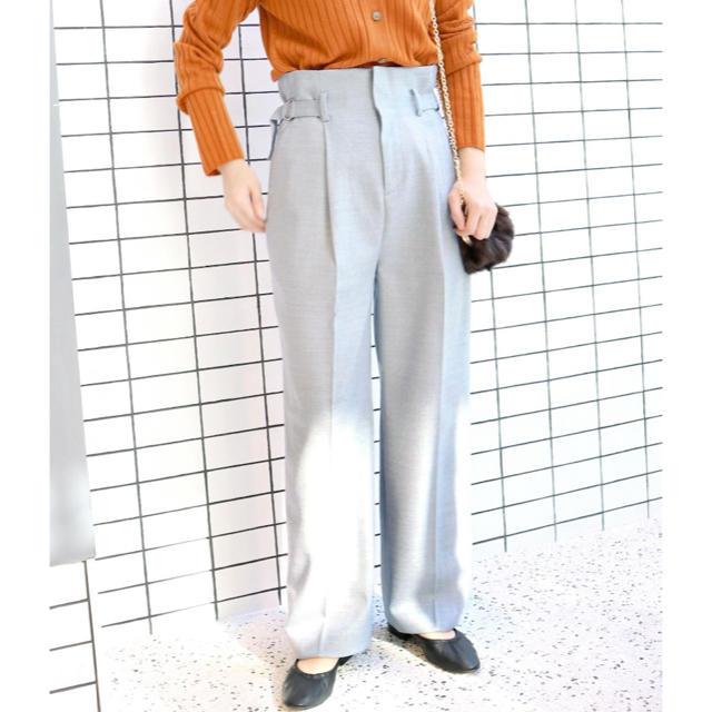 IENA SLOBE(イエナスローブ)のイエナサイドベルトタックパンツ レディースのパンツ(クロップドパンツ)の商品写真