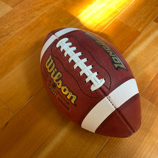 ウィルソン(wilson)のアメフトボール(公式球)(アメリカンフットボール)