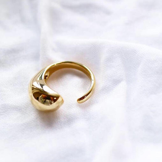 ゴールドドロップオープン リング(リング(指輪))