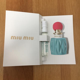 ミュウミュウ(miumiu)の【新品未使用】miumiu 香水 1.2ml EDP サンプル(香水(女性用))