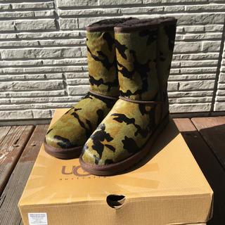 アグ(UGG)のUGG ショートブーツ ハラコ、ムートン、迷彩柄、スタッズ US9 26cm(ブーツ)