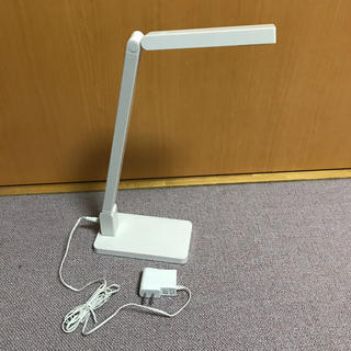 ムジルシリョウヒン(MUJI (無印良品))の値下げ!無印良品 LEDデスクライト ベース付 SND-25(テーブルスタンド)