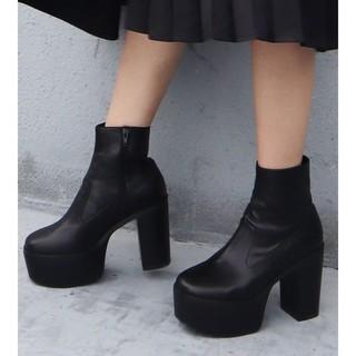 エモダ(EMODA)のEMODA新作ブーツ(ブーツ)