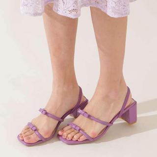 ジルバイジルスチュアート(JILL by JILLSTUART)のジルバイジルスチュアート ストラップサンダル 靴(サンダル)