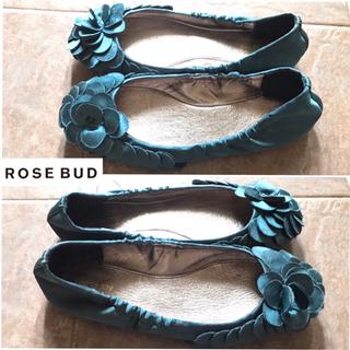 ローズバッド(ROSE BUD)のROSE BAD  フラットパンプス  ブルー 花びら(バレエシューズ)
