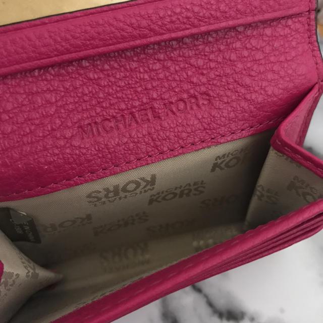 Michael Kors(マイケルコース)の12/10まで価格 マイケルコース ピンク カードケース レディースのファッション小物(名刺入れ/定期入れ)の商品写真