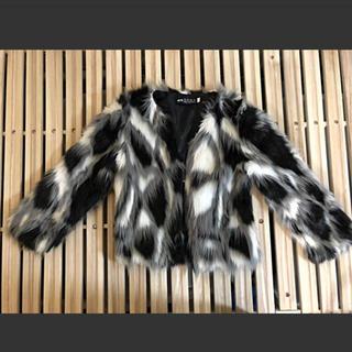ファージャケット 黒白(毛皮/ファーコート)