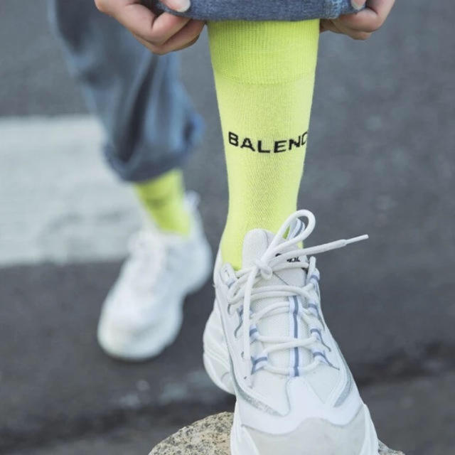 Balenciaga(バレンシアガ)のmirai様専用💜ロゴ☆キャンディーカラーソックス 3色 レディースのレッグウェア(ソックス)の商品写真