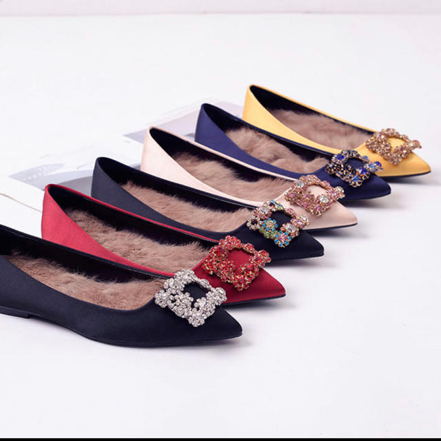 ROGER VIVIER(ロジェヴィヴィエ)のロジェヴィヴィエ タイプ ビジュー パンプス インポート イエロー レディースの靴/シューズ(ハイヒール/パンプス)の商品写真