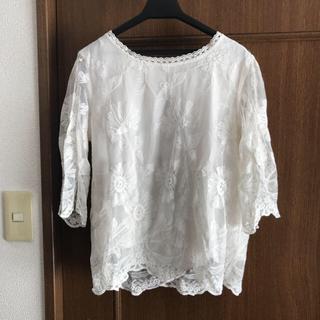 ダブルクローゼット(w closet)のダブルクローゼットのレースブラウス(シャツ/ブラウス(半袖/袖なし))