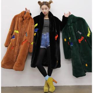 シュプリーム(Supreme)の即購入OK❗️ フェイクファー ロング コート ファッション 韓国 パッチワーク(毛皮/ファーコート)