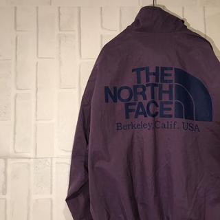 ザノースフェイス(THE NORTH FACE)のノースフェイス  ナイロンジャケット ビックロゴ 紫 パープル(ナイロンジャケット)