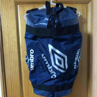 アンブロ(UMBRO)の送無 アンブロ フットボールクローゼット リュックサック スポーツバッグ(バッグパック/リュック)