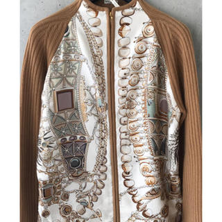 エルメス(Hermes)のエルメススカーフ柄カシミヤカーディガン(カーディガン)
