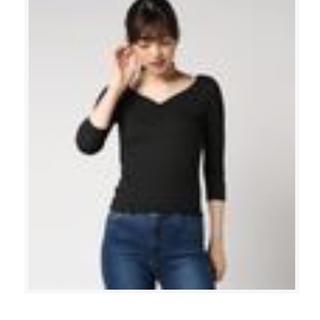 セシルマクビー(CECIL McBEE)のセシルマクビー ハートネックTシャツ(Tシャツ(長袖/七分))