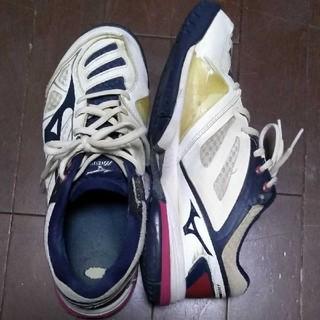 ミズノ(MIZUNO)のミズノ/テニスシューズ/オムニ・クレーコート用/ホワイト×ネイビー/25㎝(シューズ)