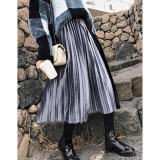 ザラ(ZARA)の【予約販売】ベロア配色プリーツロングスカート❤︎ブラック(ロングスカート)