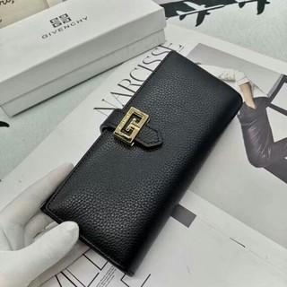 ジバンシィ(GIVENCHY)の GIVENCHY  長財布 (財布)