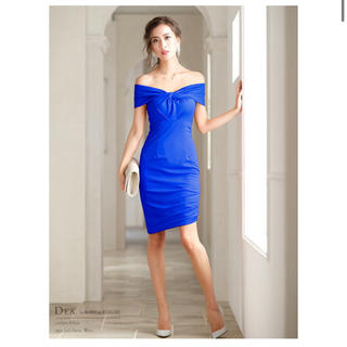 ローブ(ROBE)のローブドフルール  DEA ツイストオフショルダー シンプル ミディアム ドレス(ミディアムドレス)