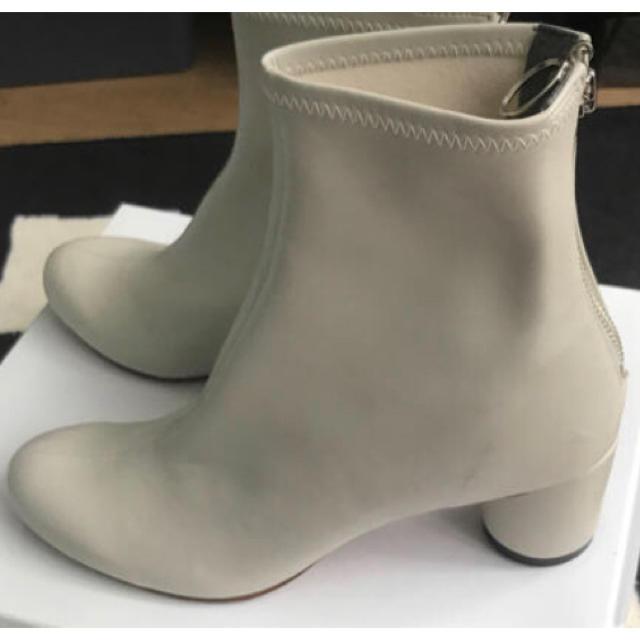 UNITED ARROWS(ユナイテッドアローズ)の【未使用】UNITED TOKYO ショートブーツ レディースの靴/シューズ(ブーツ)の商品写真