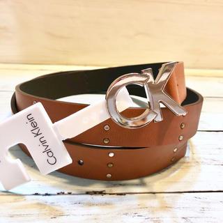 カルバンクライン(Calvin Klein)のリバーシブル ブランド カルバン・クライン CK ロゴ 茶色 スタッズ  ベルト(ベルト)