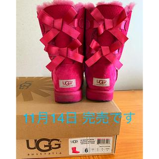 アグ(UGG)の新品 正規品 UGG アグ ベイリーボウ リボン ブーツ ピンク 6 23(ブーツ)