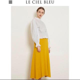ルシェルブルー(LE CIEL BLEU)のルシェルブルーイエローニットスカート(ひざ丈スカート)